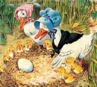 странный серый утенок, а не желтый, как другие утята, выглянул из яйца и уставился на удивленную Маму-утку.